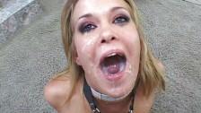 Schiava sessuale si fa demolire il buco del culo